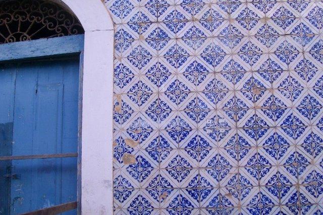 fachada com azulejos portugueses em são luís - ma | imagem: arquivo pessoal